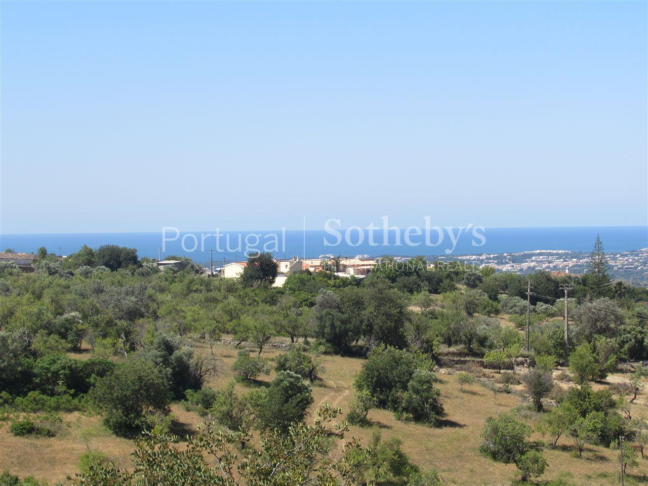 Property Of Terreno com ruina, 5 bedrooms, for Sale
