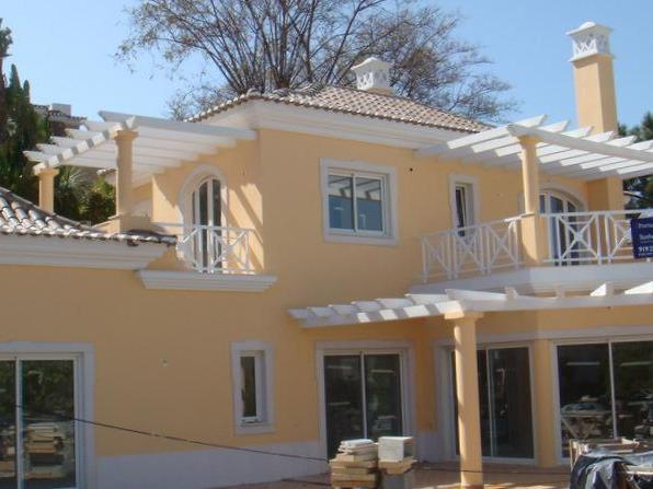 Casa para uma família para Venda às House, 4 bedrooms, for Sale Loule, Algarve Portugal