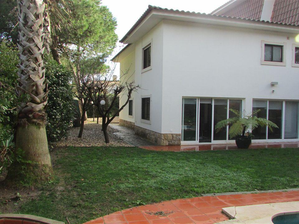 Vivienda unifamiliar por un Venta en House, 5 bedrooms, for Sale Areia, Cascais, Lisboa Portugal