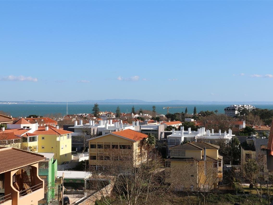 Appartamento per Vendita alle ore Flat, 4 bedrooms, for Sale Cascais, Lisbona Portogallo