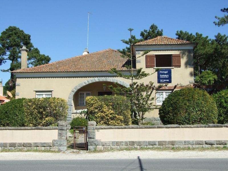 Tek Ailelik Ev için Satış at House, 6 bedrooms, for Sale Colares, Sintra, Lisboa Portekiz