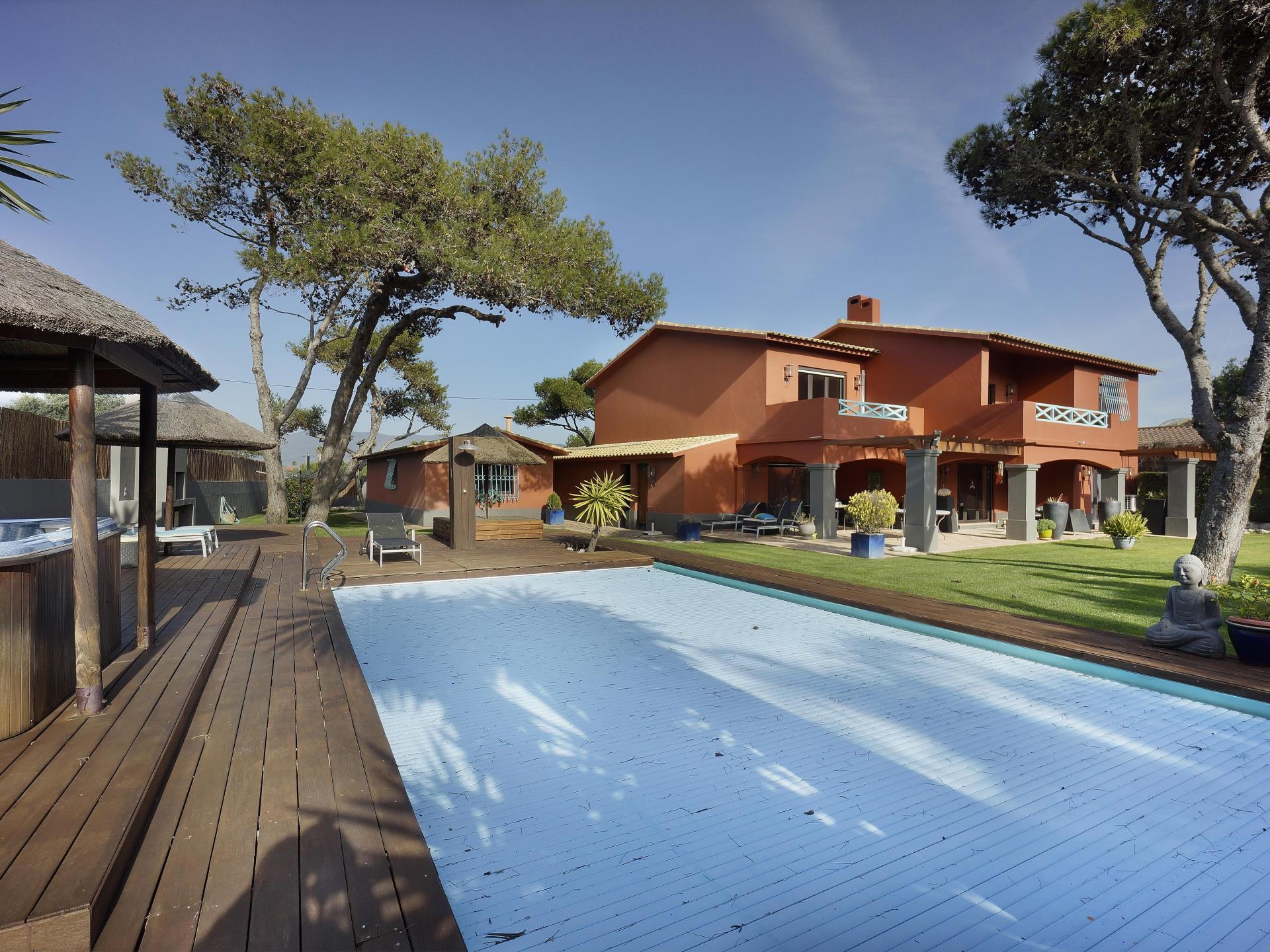 Maison unifamiliale pour l Vente à House, 5 bedrooms, for Sale Areia, Cascais, Lisbonne Portugal