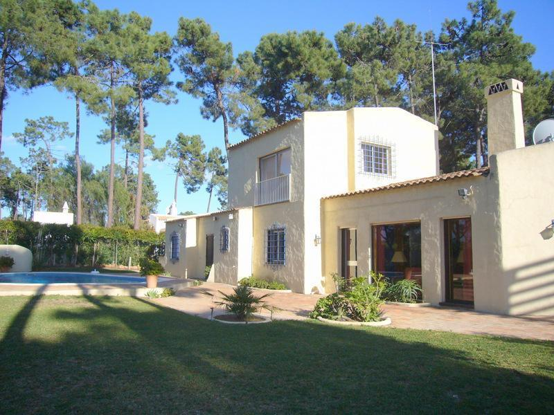 Single Family Home for Sale at House, 4 bedrooms, for Sale Loule, Algarve Portugal