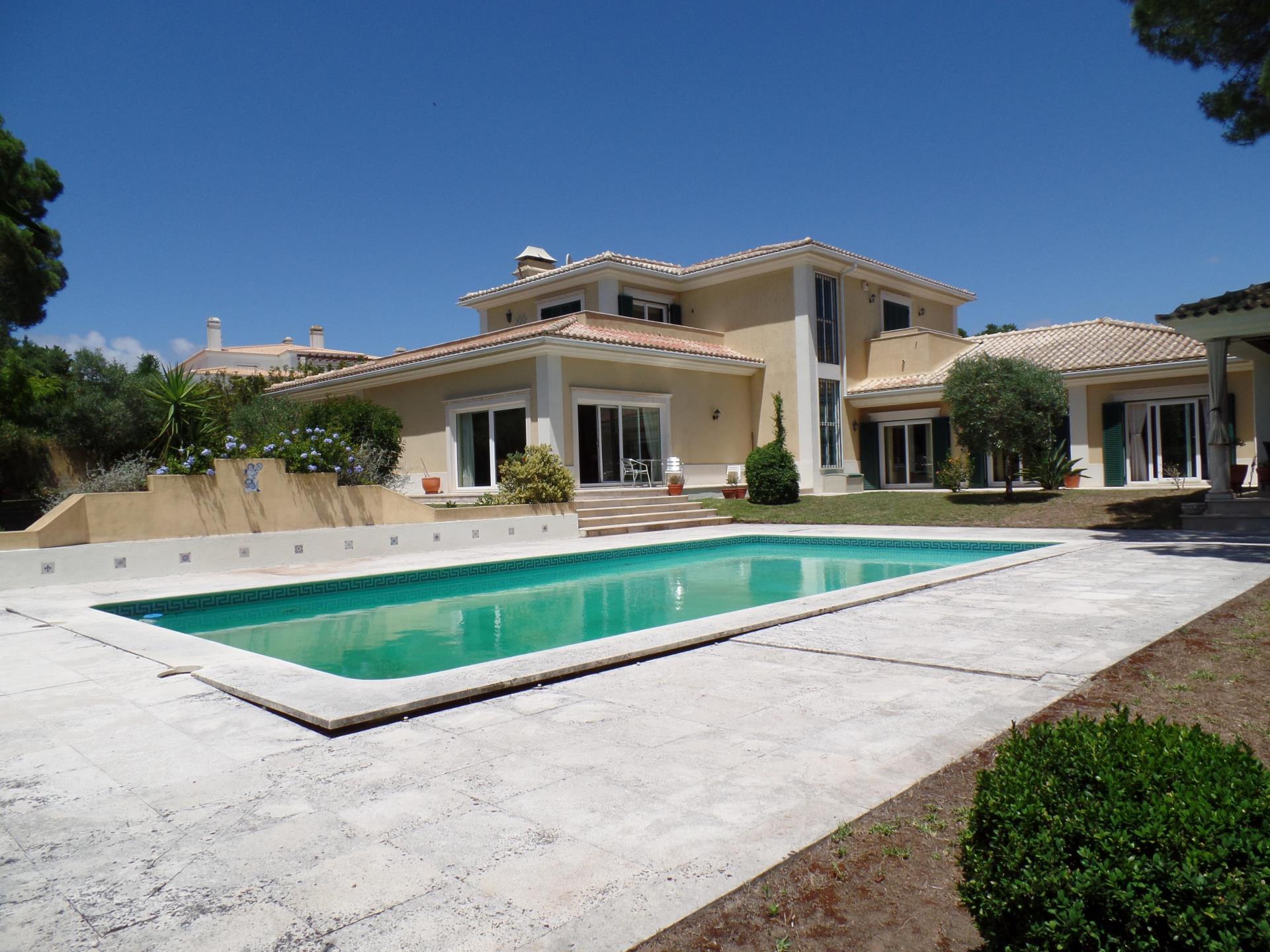 Maison unifamiliale pour l Vente à Detached house, 4 bedrooms, for Sale Cascais, Lisbonne Portugal