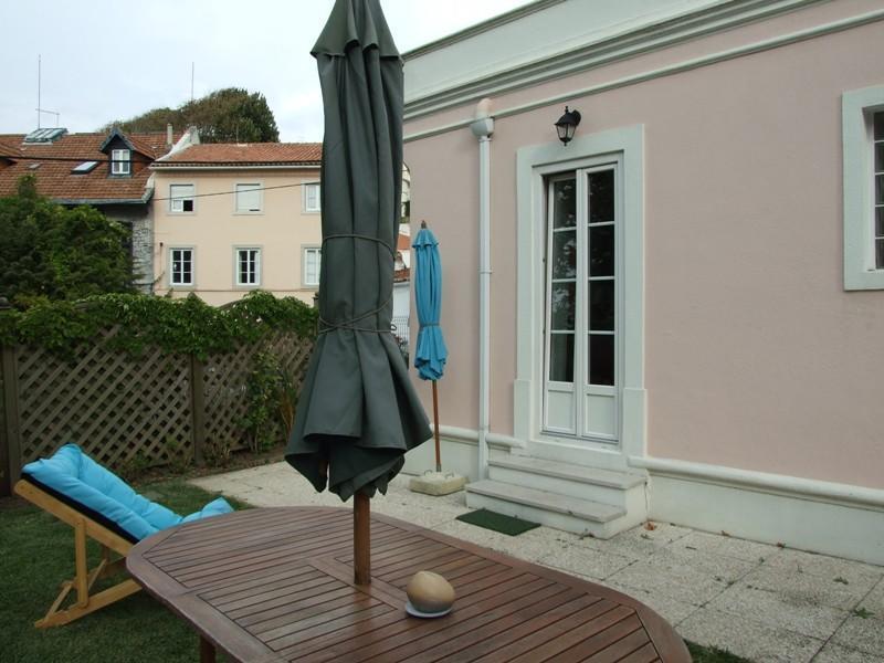 Nhà ở một gia đình vì Bán tại House, 2 bedrooms, for Sale Sintra, Lisboa Bồ Đào Nha