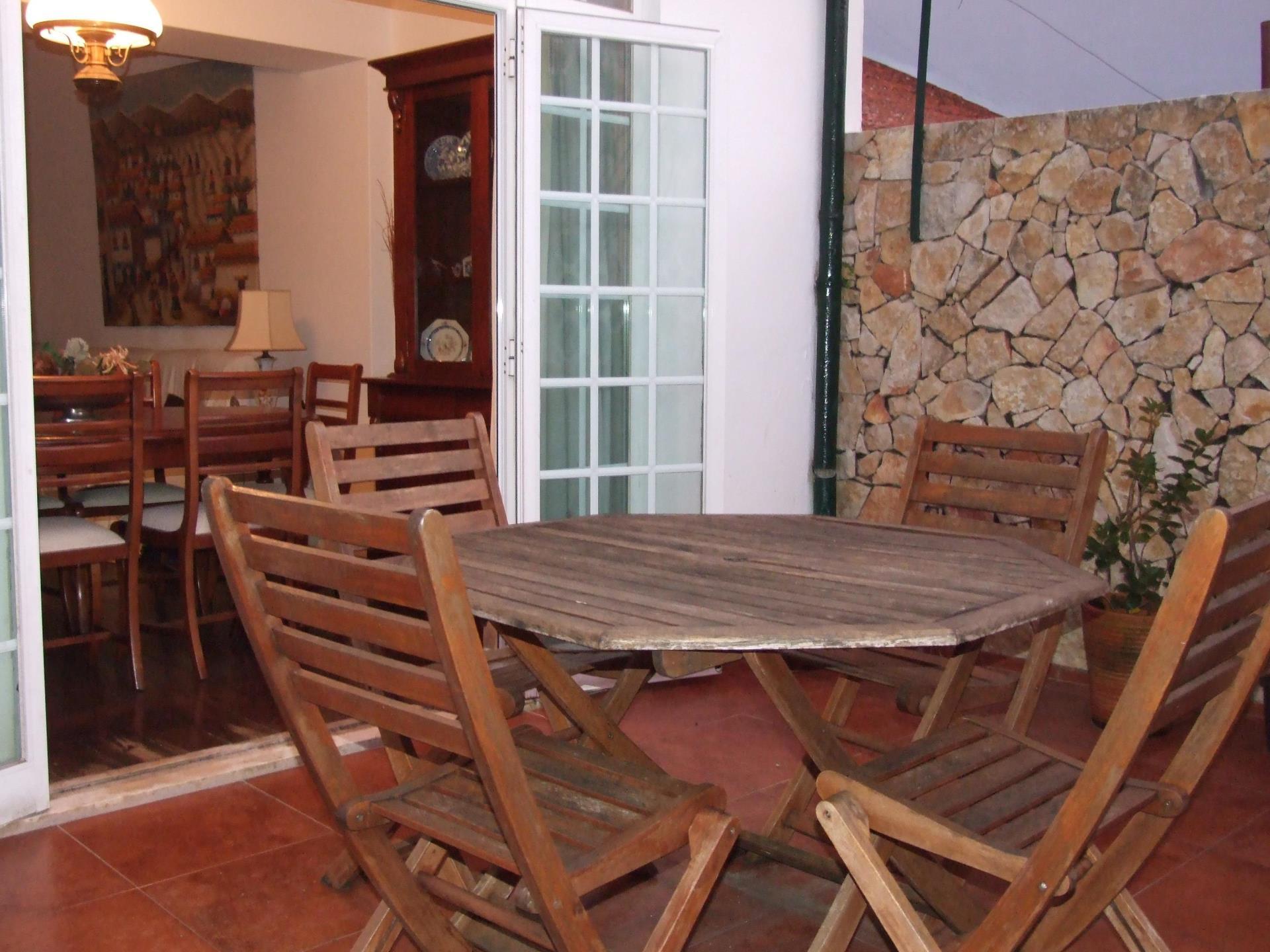 Apartamento por un Venta en Flat, 4 bedrooms, for Sale Cascais, Lisboa Portugal