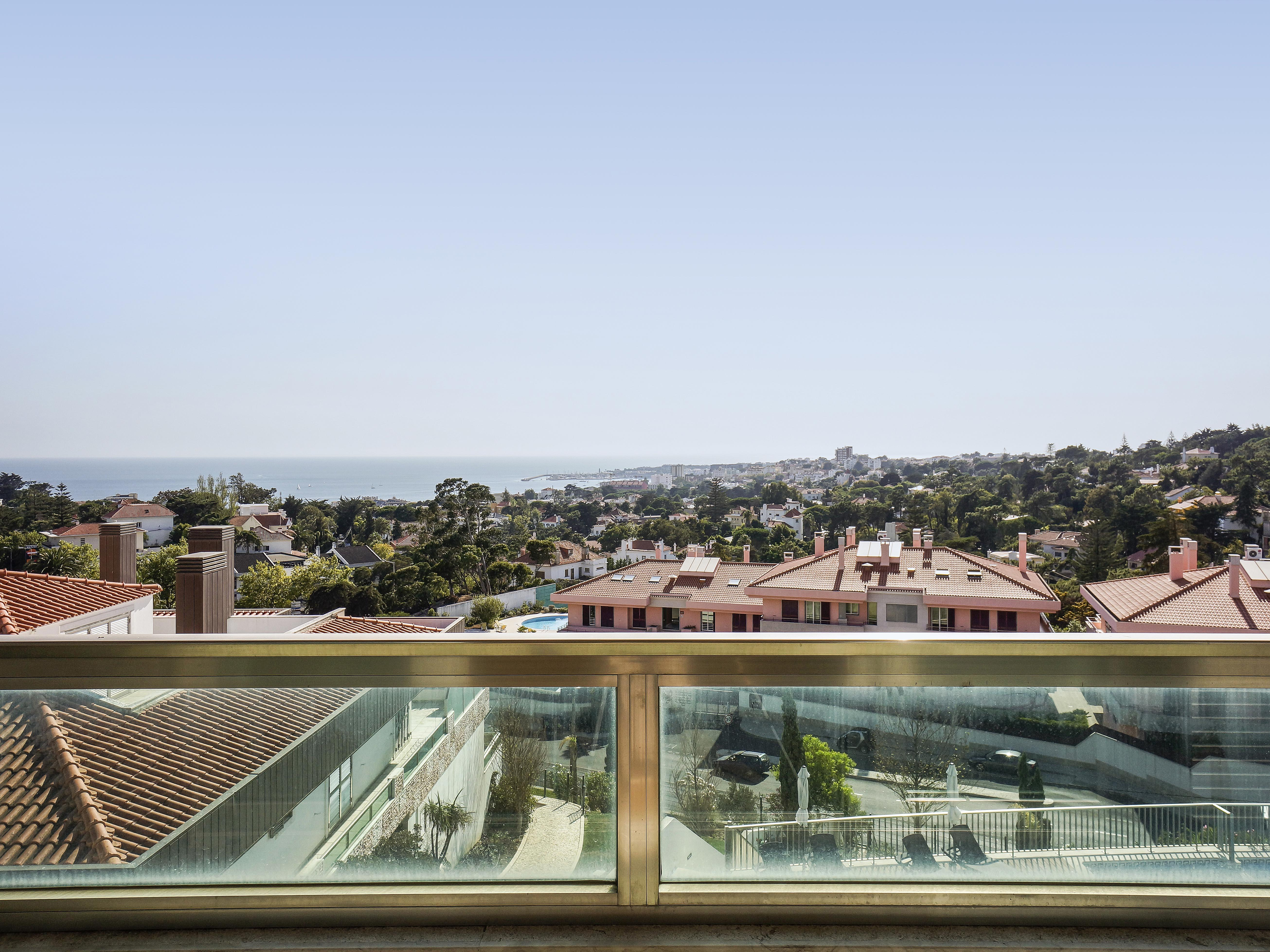 Apartment for Sale at Flat, 2 bedrooms, for Sale Cascais, Lisboa, 2765-005 Portugal