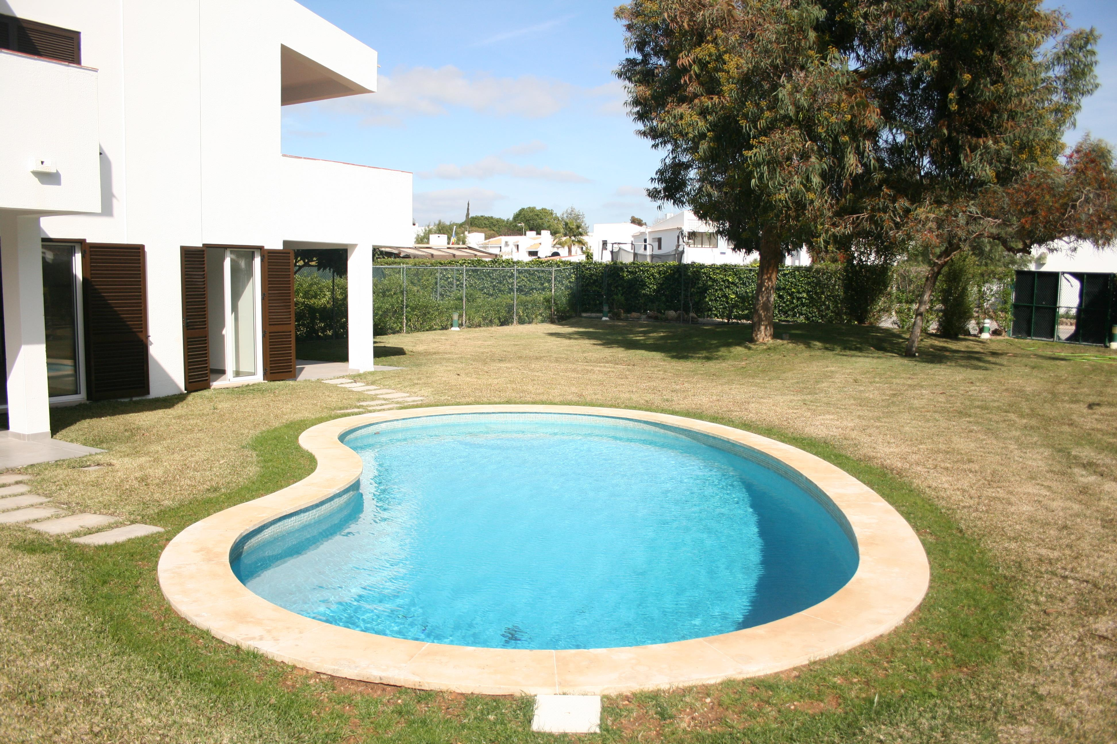 Apartment for Sale at Flat, 3 bedrooms, for Sale Loule, Algarve, 8125-537 Portugal