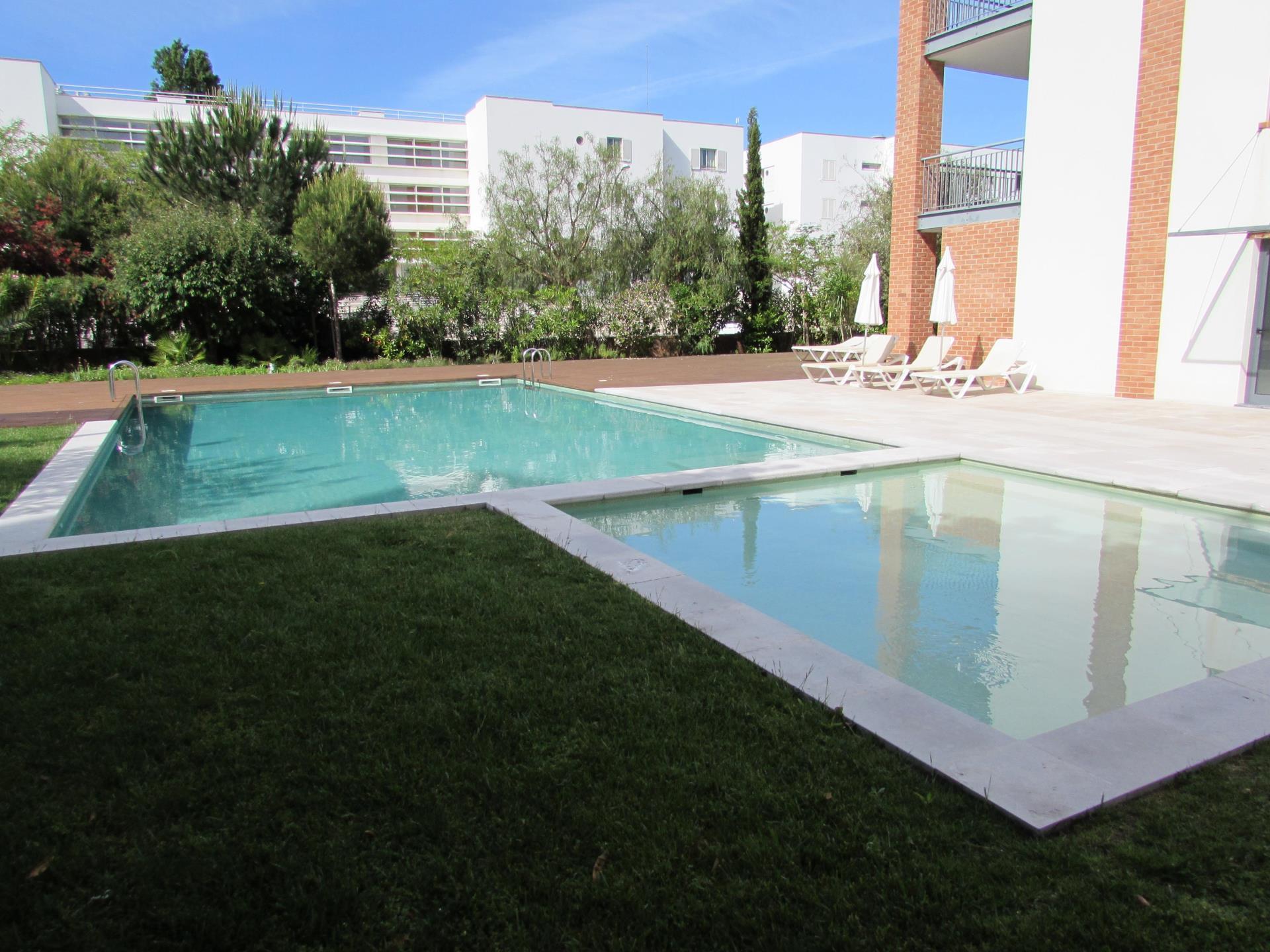 Duplex por un Venta en Duplex, 2 bedrooms, for Sale Lagos, Algarve Portugal