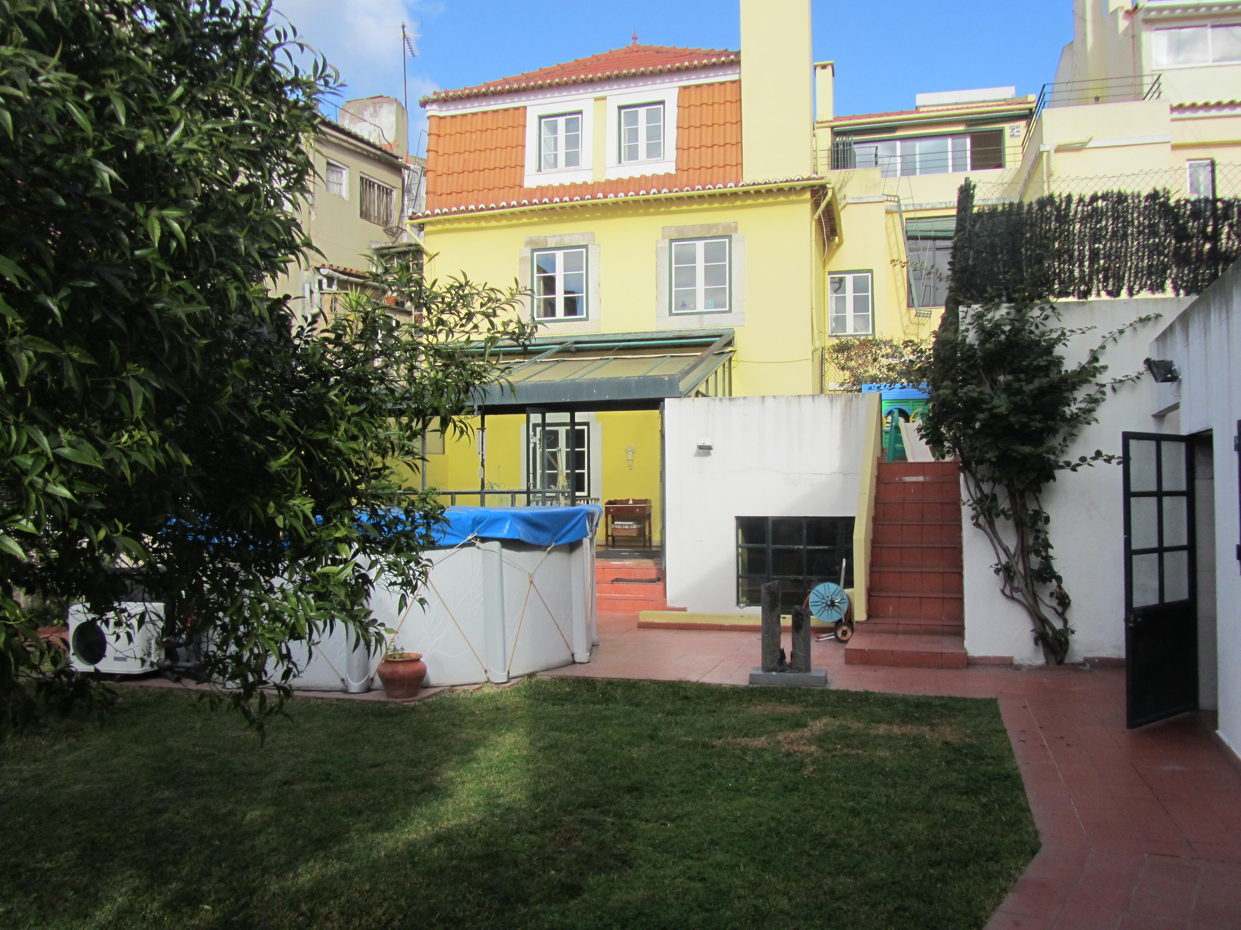 Appartamento per Vendita alle ore Flat, 5 bedrooms, for Sale Lisboa, Lisbona, 1250-184 Portogallo
