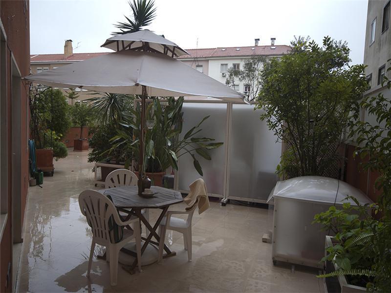 Appartement pour l Vente à Flat, 2 bedrooms, for Sale Lisboa, Lisbonne Portugal