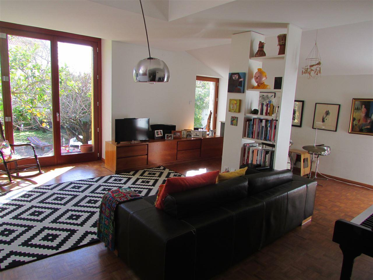 Single Family Home for Sale at House, 5 bedrooms, for Sale Cascais, Lisboa, 2775-524 Portugal