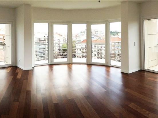 Apartment for Sale at Flat, 4 bedrooms, for Sale Lisboa, Lisboa Portugal