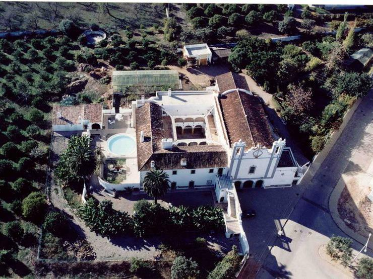 Property Of Farm, 8 bedrooms, for Sale