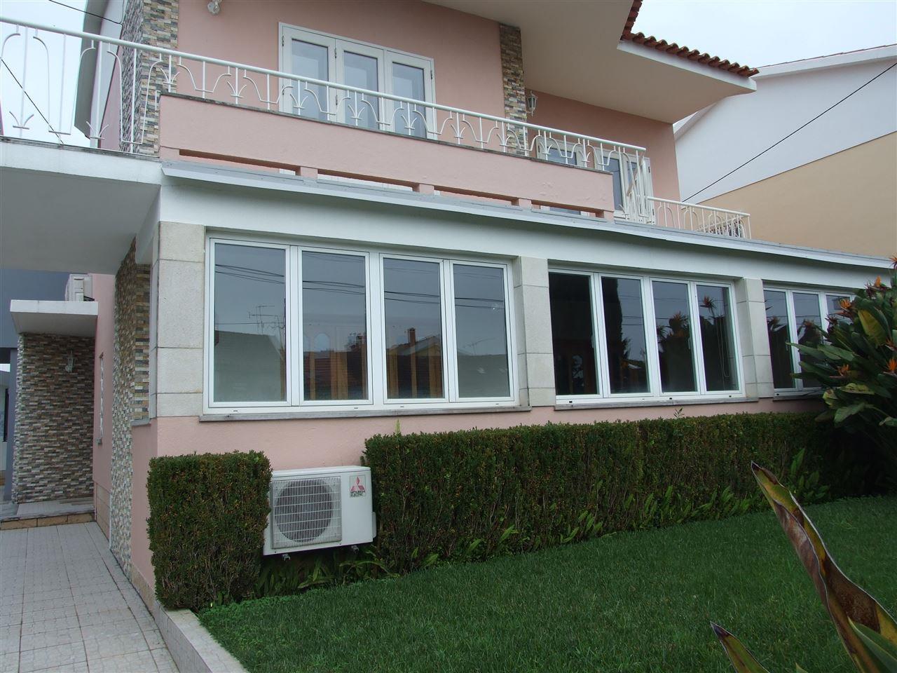 Moradia para Venda às House, 5 bedrooms, for Sale Cascais, Lisboa, 2775-595 Portugal