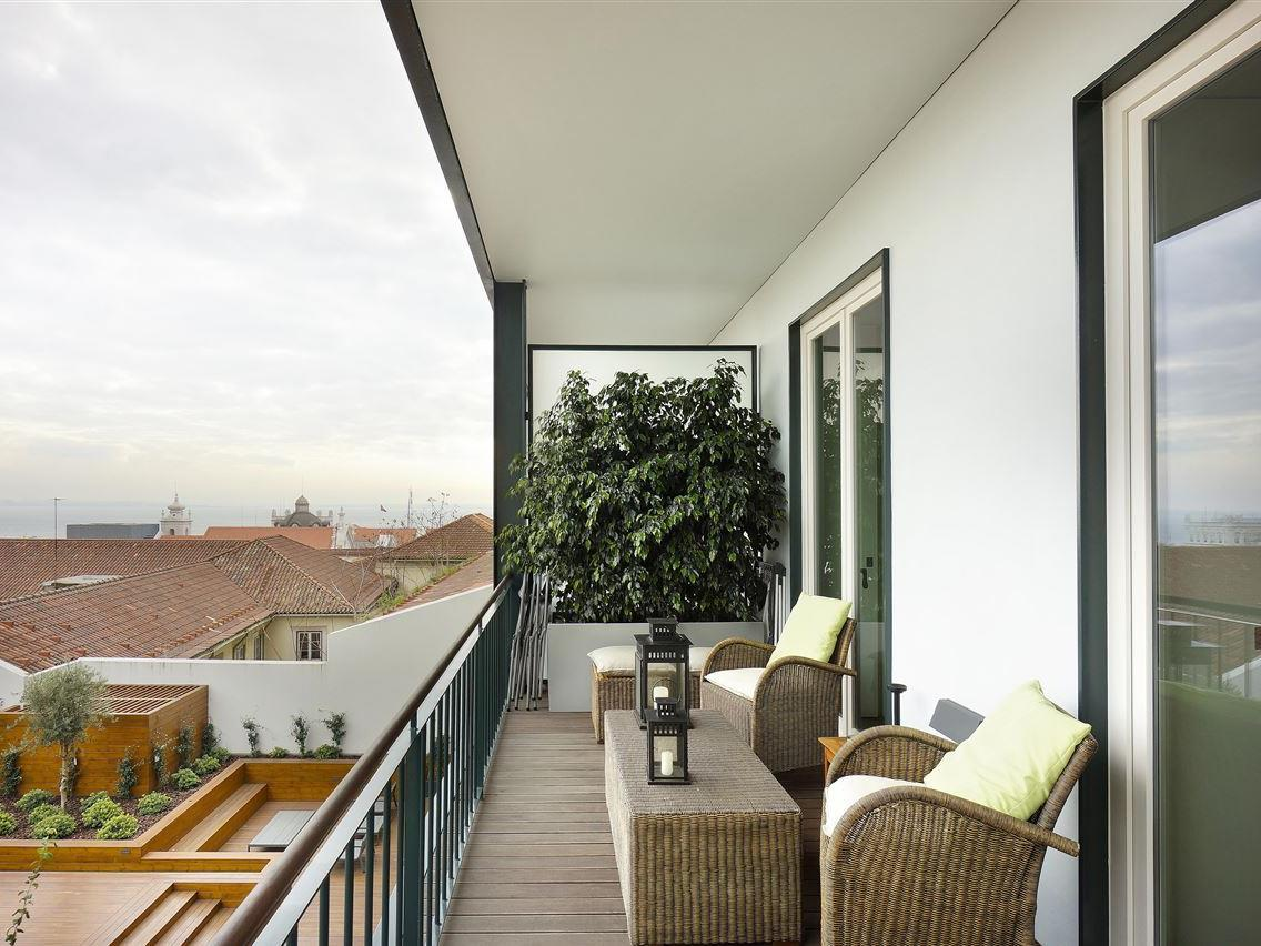 Apartment for Sale at Flat, 2 bedrooms, for Sale Chiado, Lisboa, Lisboa Portugal