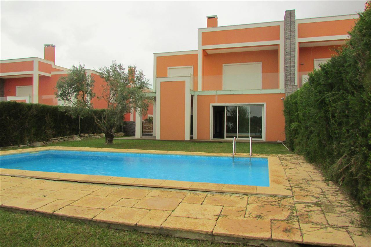 Tek Ailelik Ev için Satış at House, 4 bedrooms, for Sale Cascais, Lisboa, Portekiz