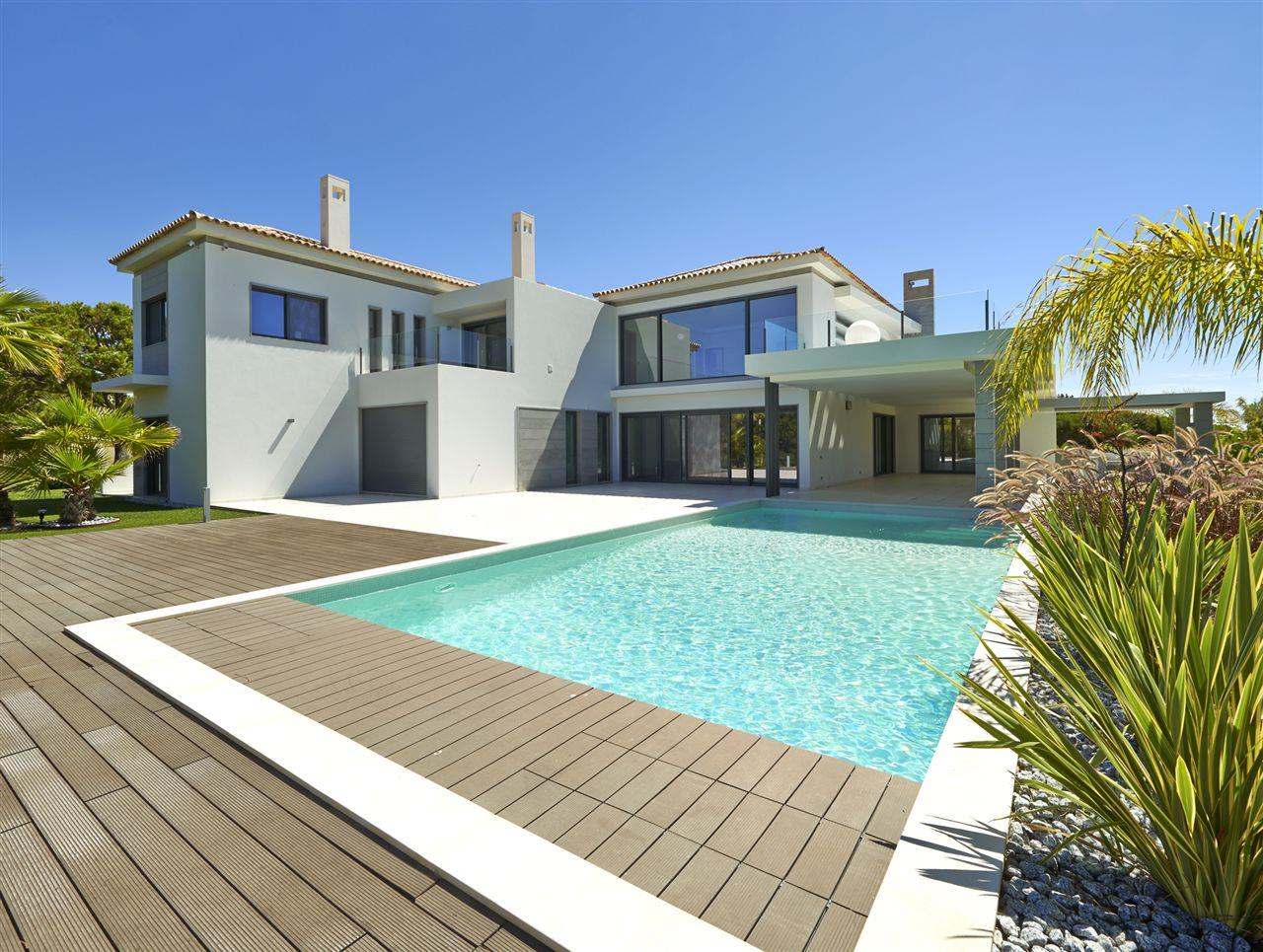 Villa per Vendita alle ore House, 5 bedrooms, for Sale Loule, Algarve, 8135-024 Portogallo