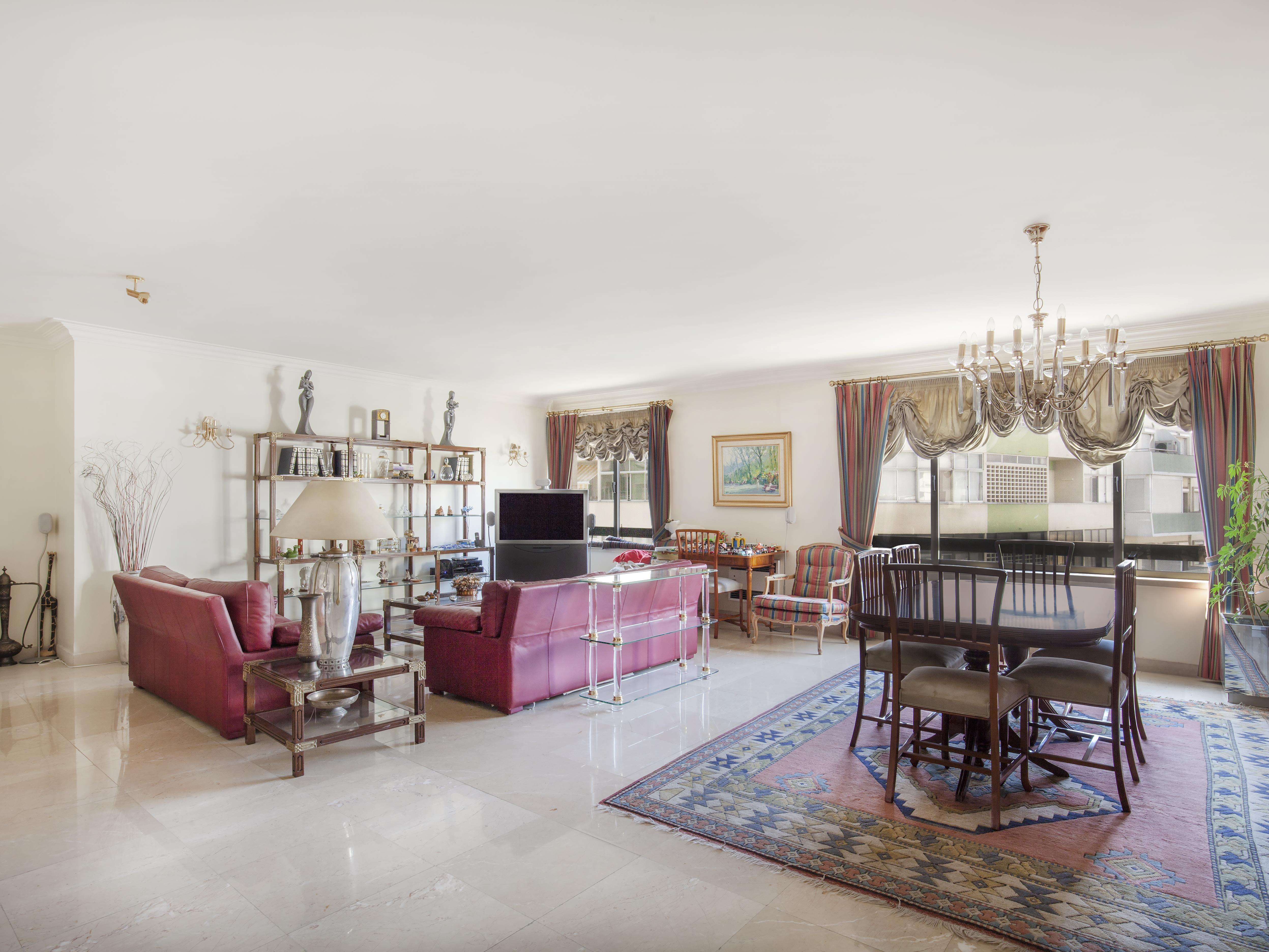 Apartment for Sale at Flat, 4 bedrooms, for Sale Lisboa, Lisboa, Portugal