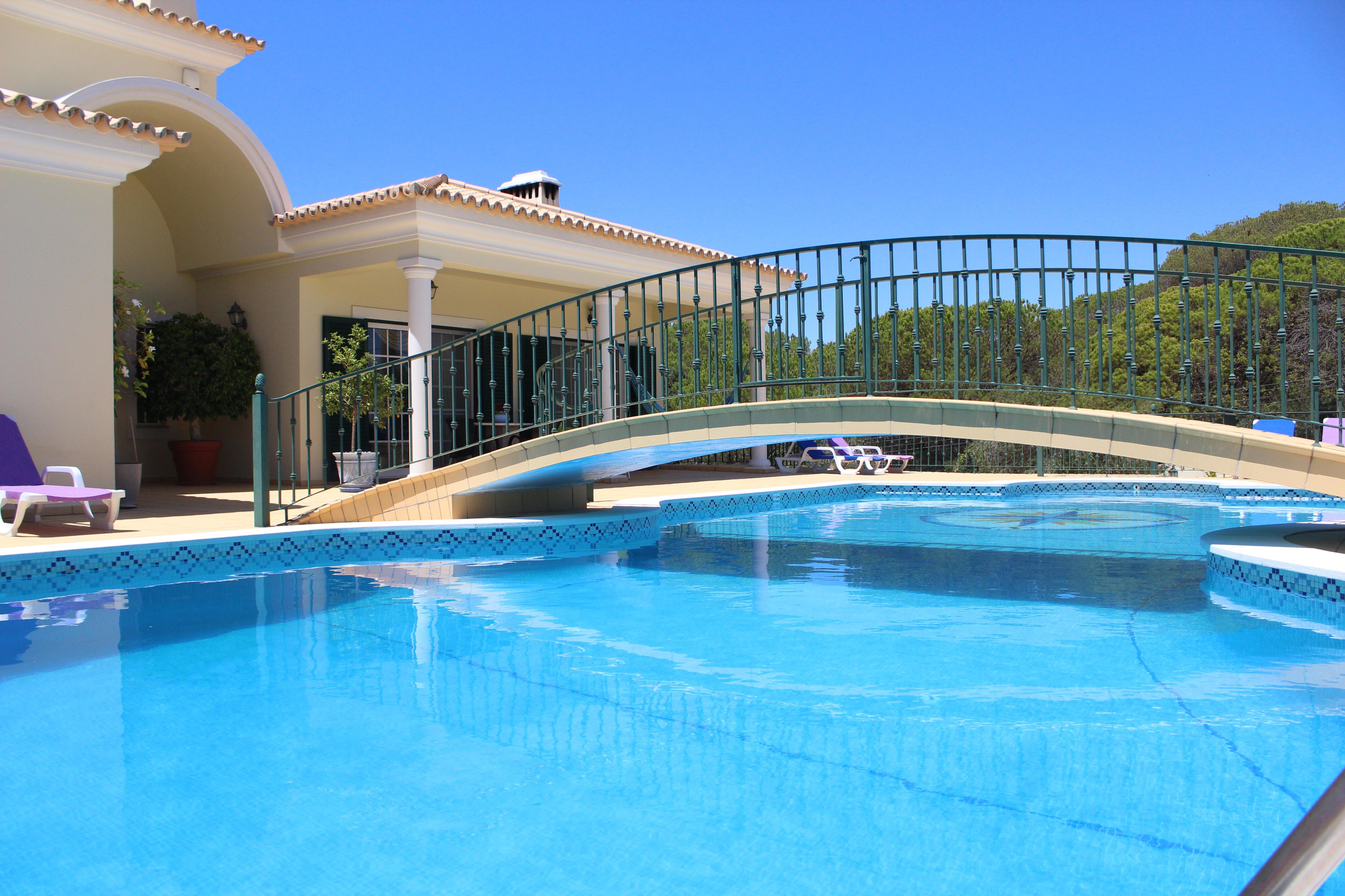 一戸建て のために 売買 アット Detached house, 8 bedrooms, for Sale Loule, Algarve, 8125-116 ポルトガル