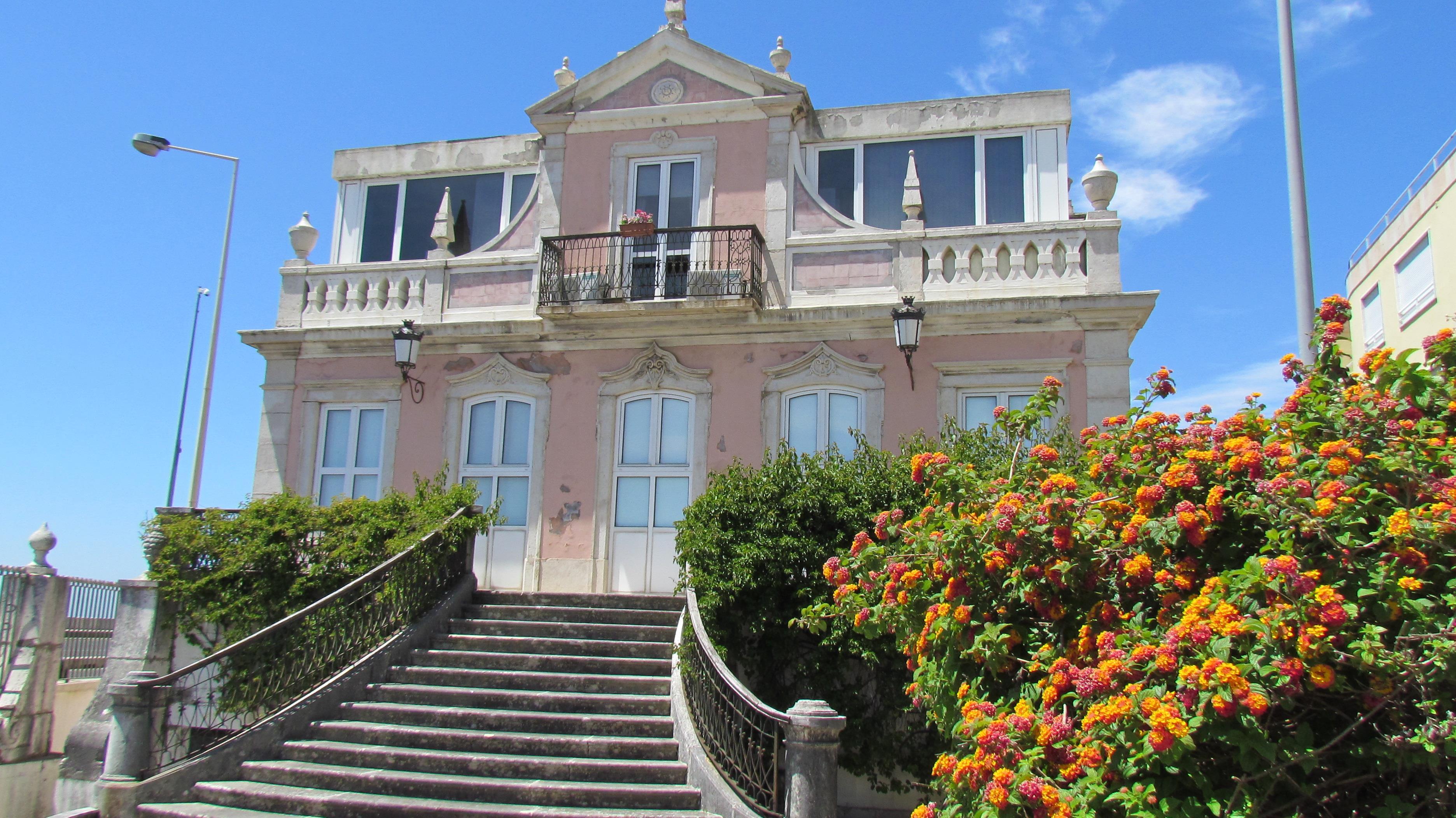 Appartement pour l Vente à Flat, 3 bedrooms, for Sale Oeiras, Lisbonne, 2760-042 Portugal
