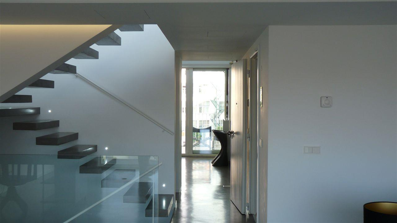 Appartement pour l Vente à Triplex, 4 bedrooms, for Sale Lisboa, Lisbonne, Portugal