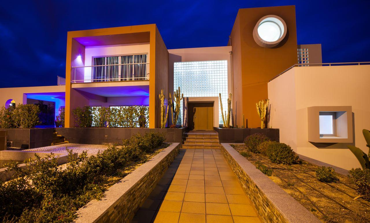Single Family Home for Sale at Detached house, 6 bedrooms, for Sale Other Portugal, Other Areas In Portugal, 8400-439 Portugal