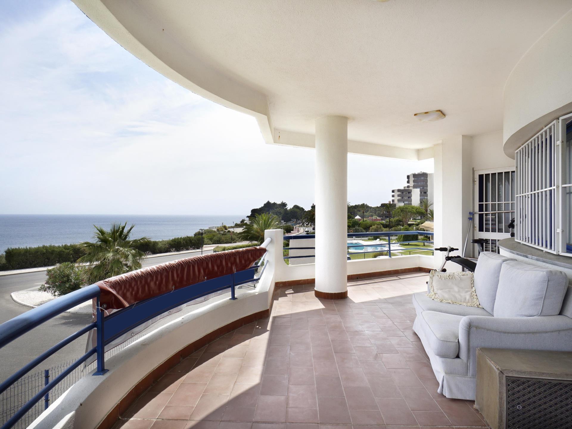 アパート のために 売買 アット Flat, 3 bedrooms, for Sale Cascais, リスボン ポルトガル