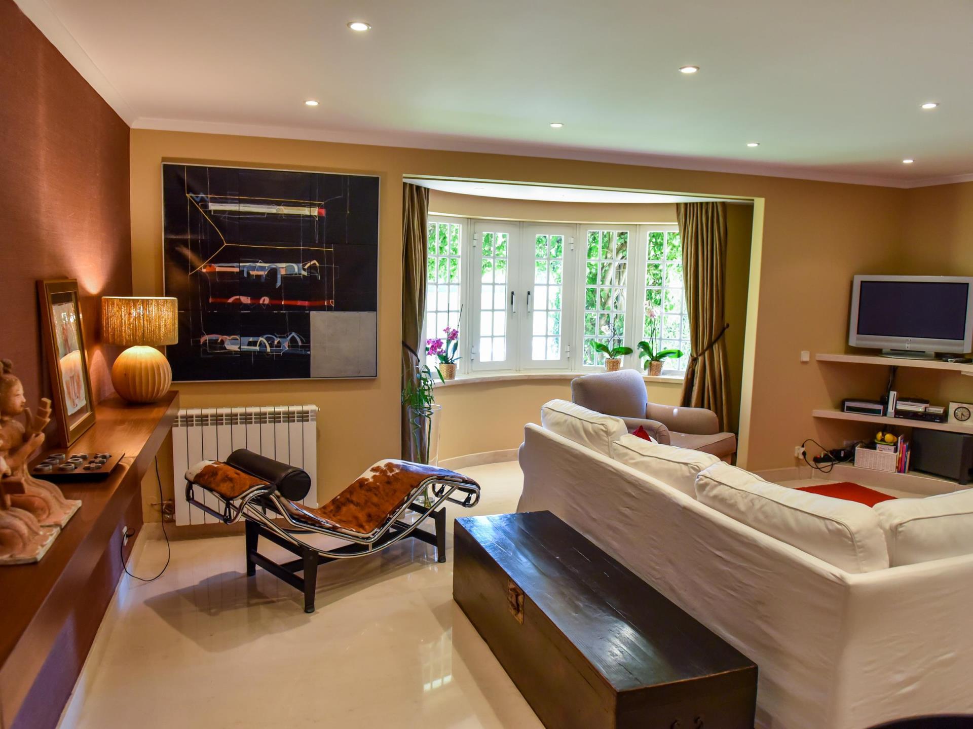 Villa per Vendita alle ore House, 4 bedrooms, for Sale Guia, Cascais, Lisbona Portogallo