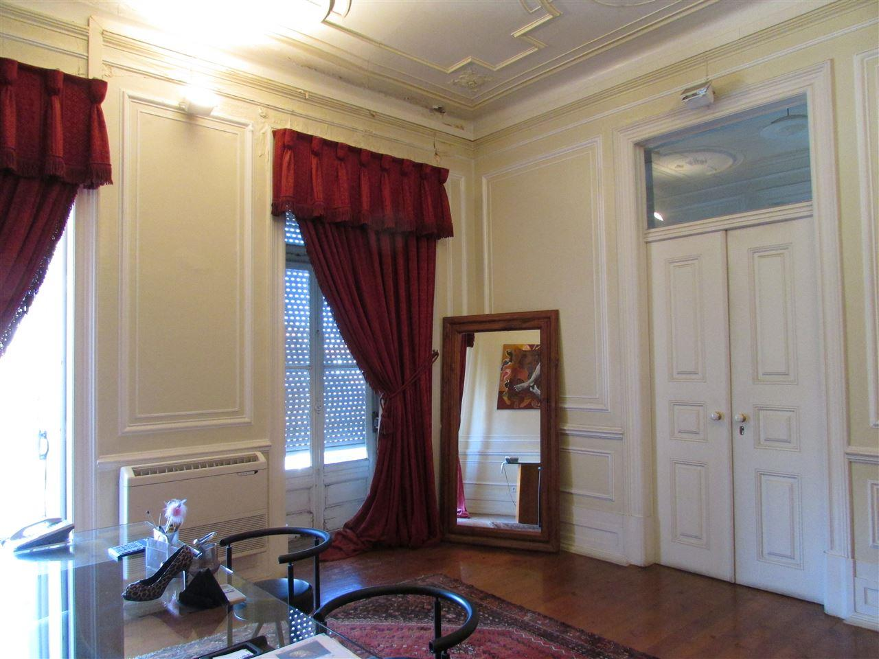 Apartment for Sale at Flat, 10 bedrooms, for Sale Lisboa, Lisboa 1050-191 Portugal