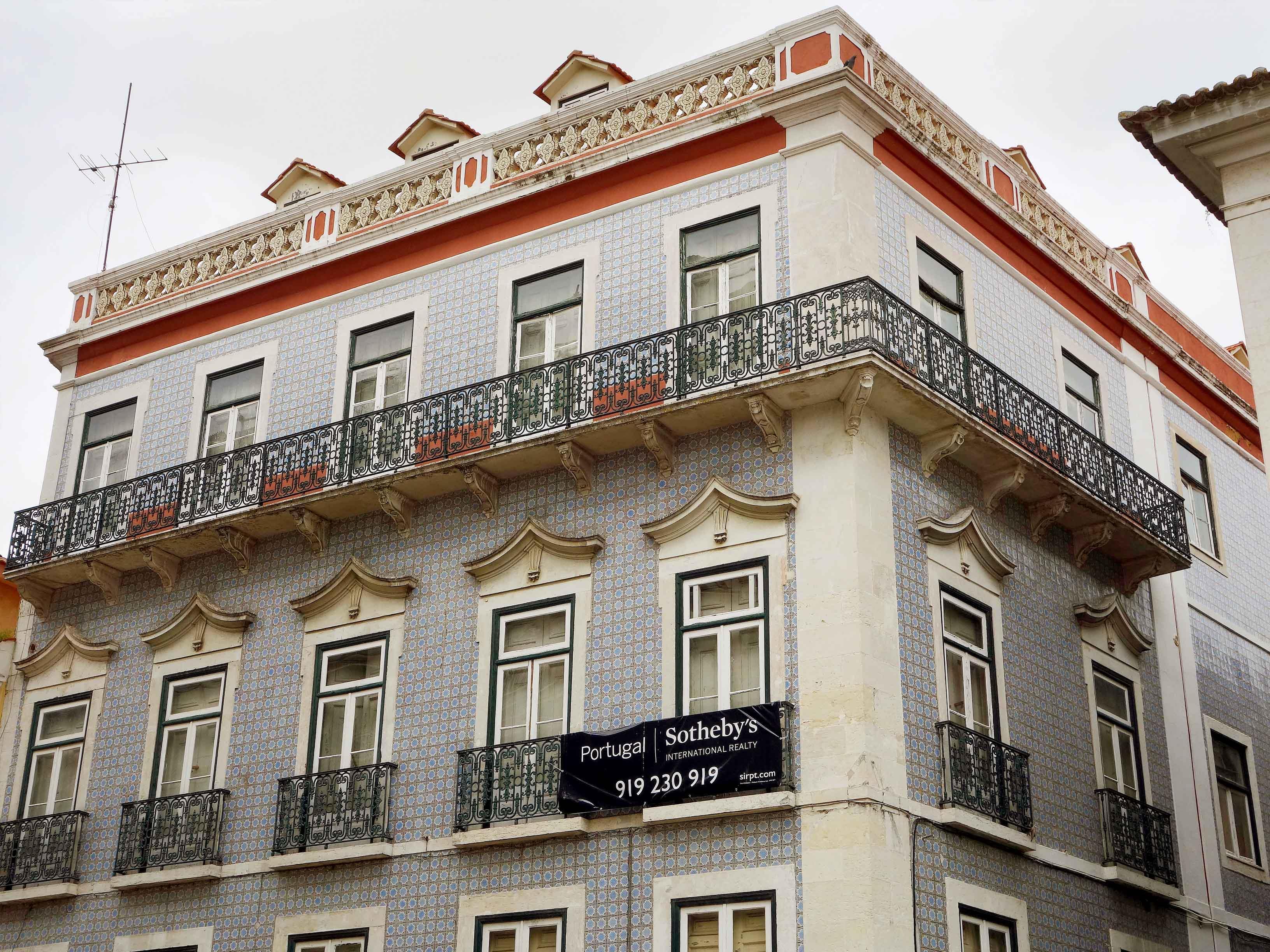 Casa multifamiliare per Vendita alle ore Building for Sale Lisboa, Lisbona 1150-036 Portogallo