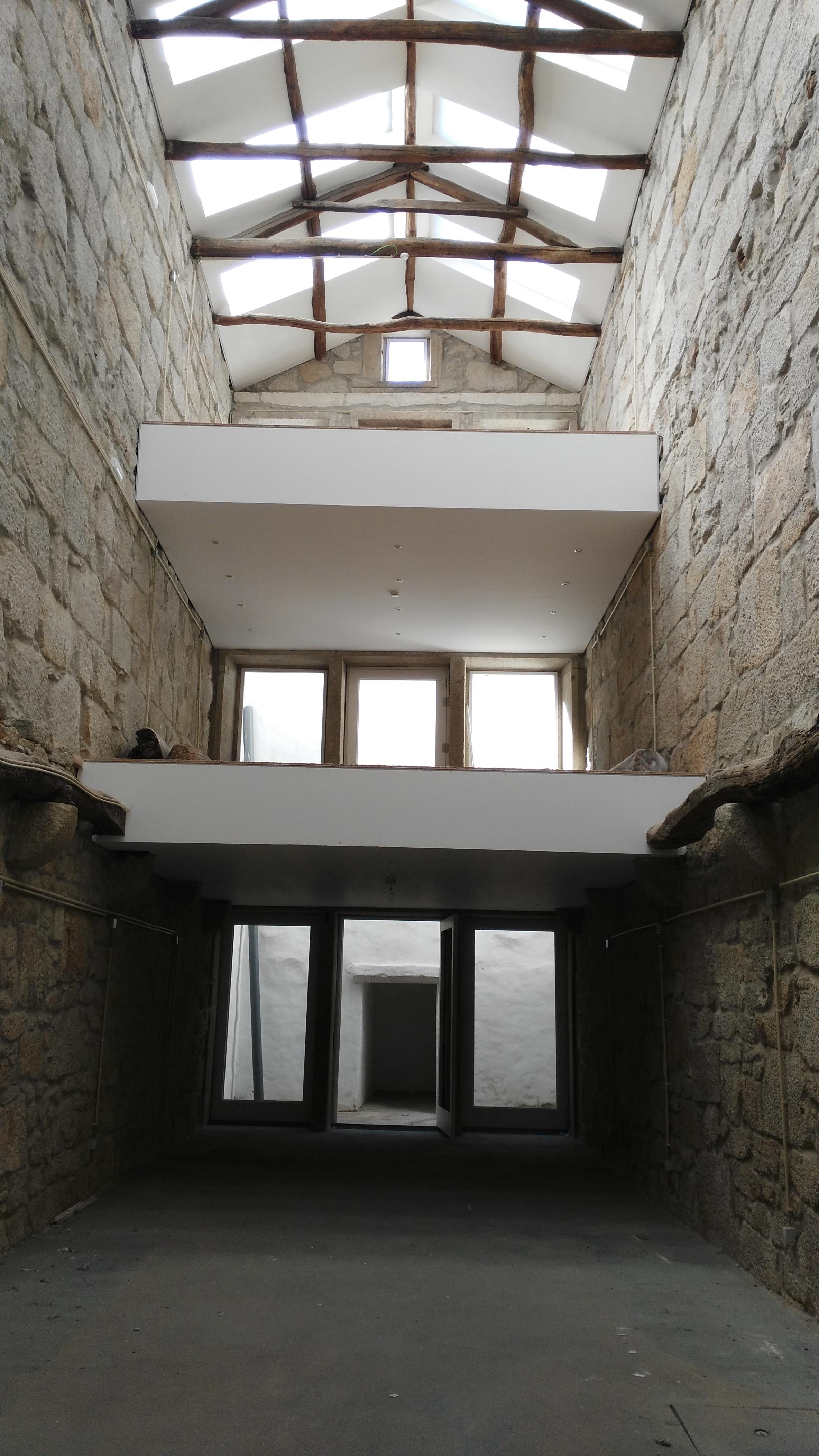 Casa Multifamiliar por un Venta en Building for Sale Porto, Porto, Portugal