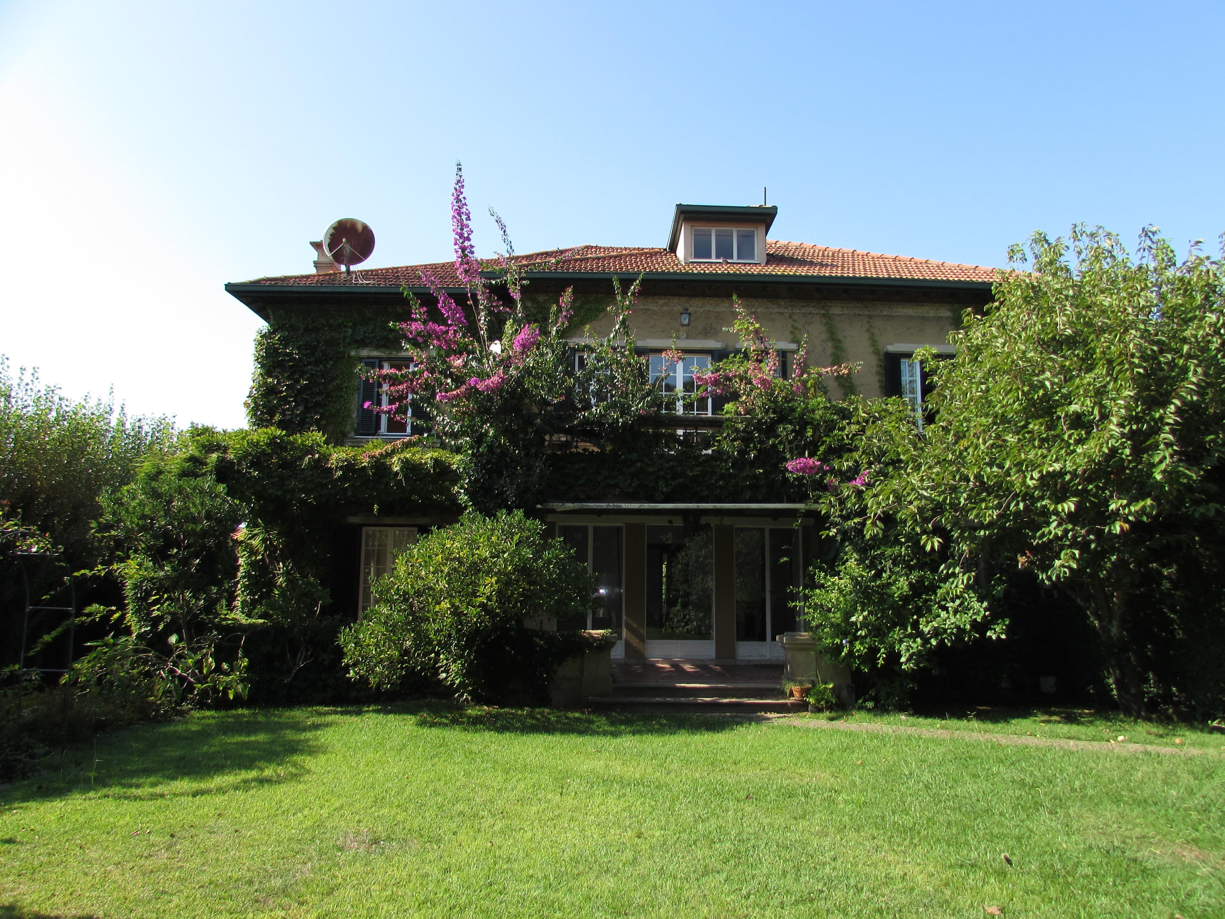 Vivienda unifamiliar por un Venta en Detached house, 4 bedrooms, for Sale Porto, Porto 4150-356 Portugal