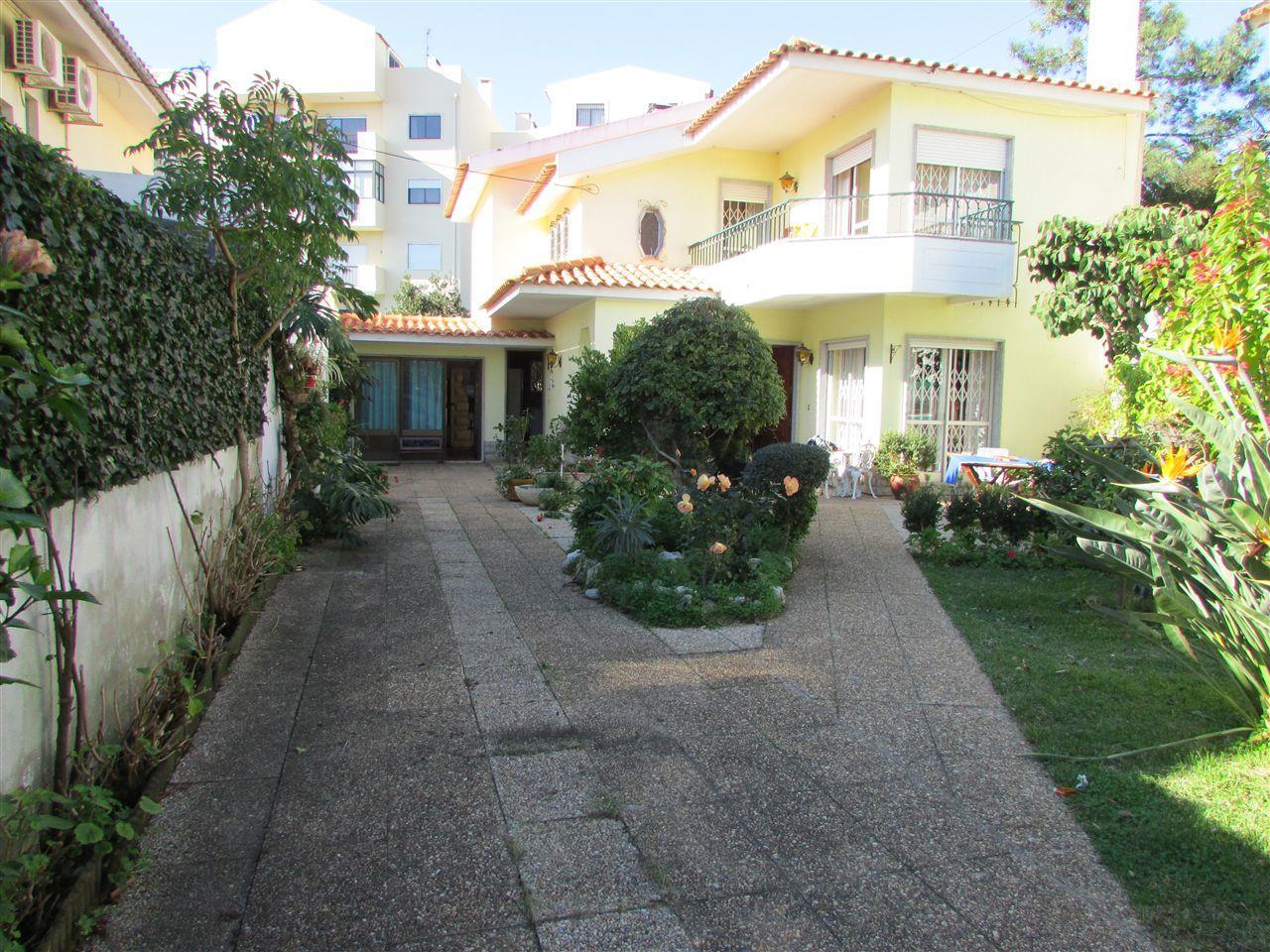 独户住宅 为 销售 在 House, 4 bedrooms, for Sale Cascais, 葡京 葡萄牙