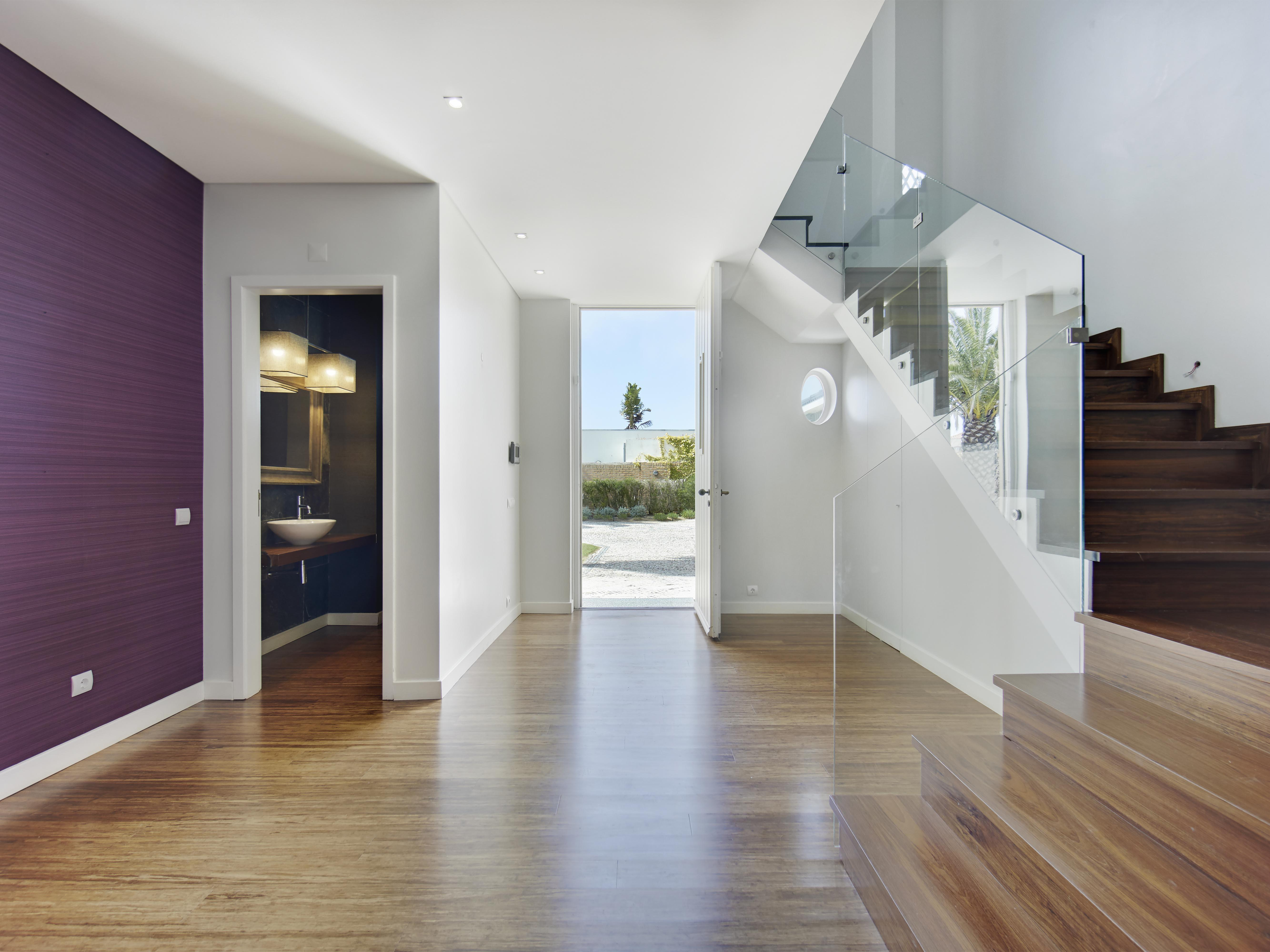sales property at House, 4 bedrooms, for Sale