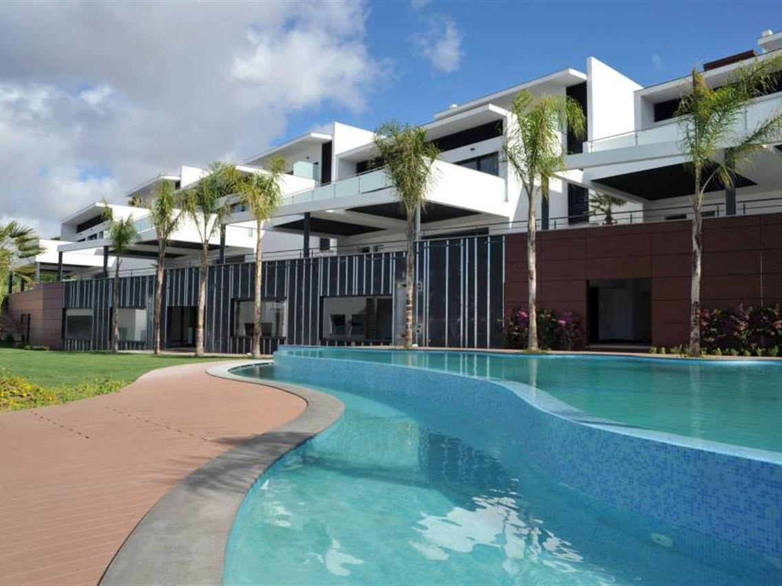 Single Family Home for Sale at House, 4 bedrooms, for Sale Parede, Cascais, Lisboa Portugal