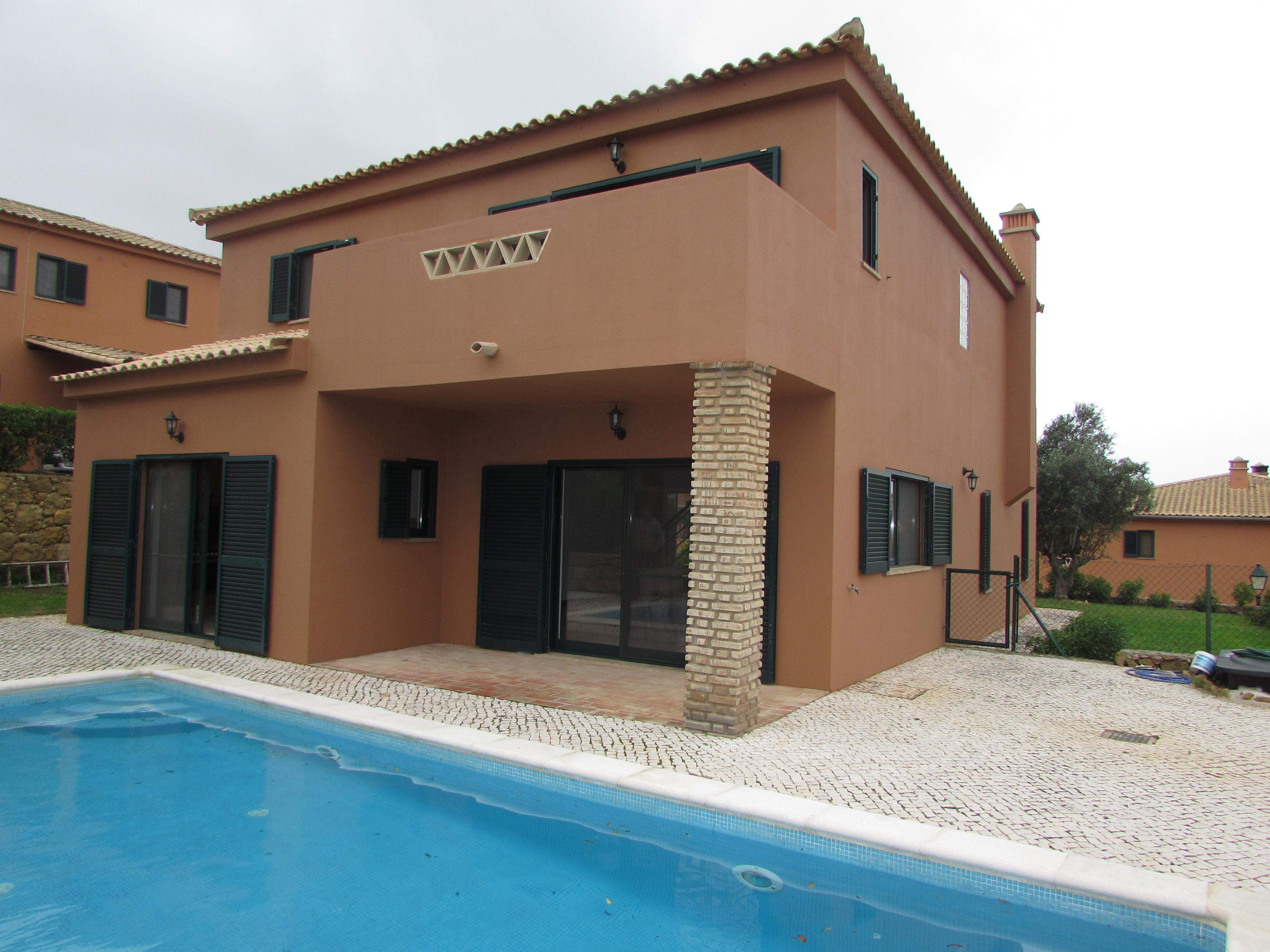 獨棟家庭住宅 為 出售 在 Detached house, 2 bedrooms, for Sale Silves, Algarve, 葡萄牙