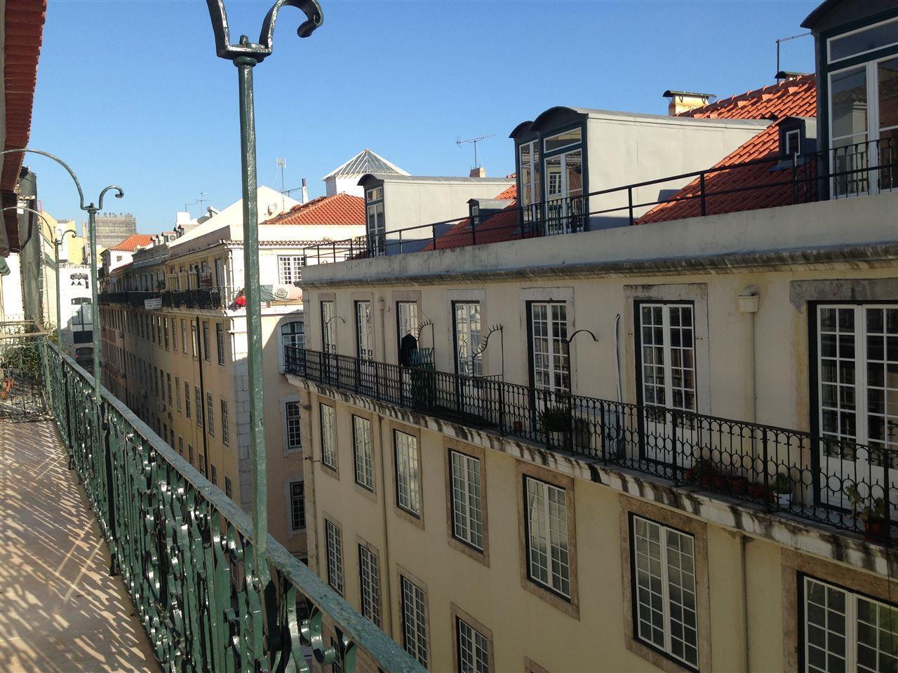Appartement pour l Vente à Flat, 1 bedrooms, for Sale Lisboa, Lisbonne Portugal