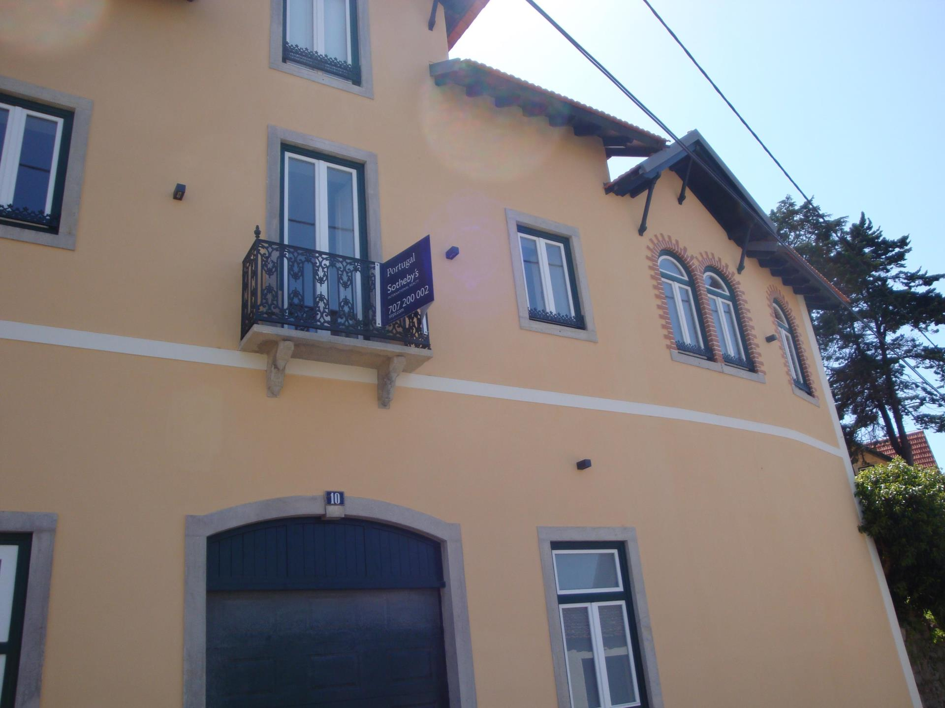 Single Family Home for Sale at House, 6 bedrooms, for Sale Sintra, Sintra, Lisboa Portugal