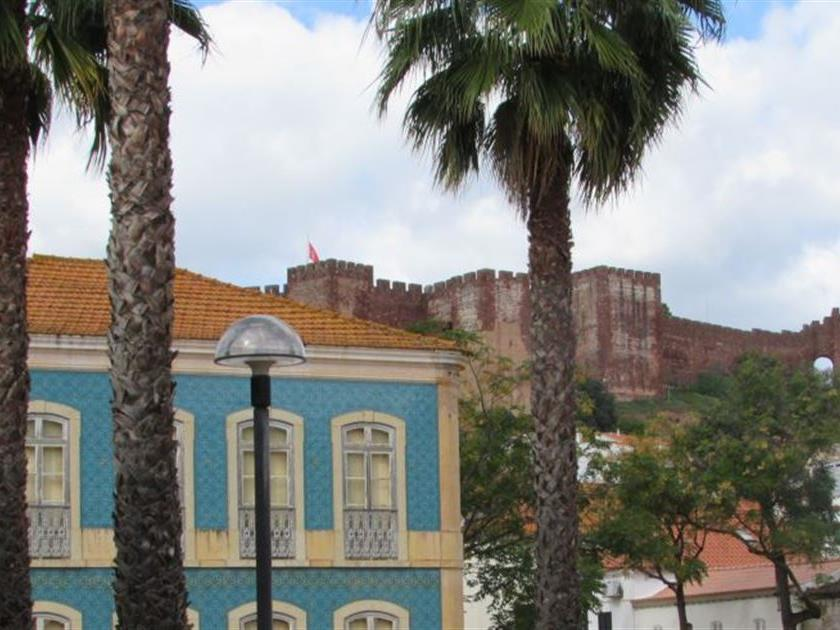 Maison unifamiliale pour l Vente à Detached house to restore, 9 bedrooms, for Sale Silves, Algarve Portugal