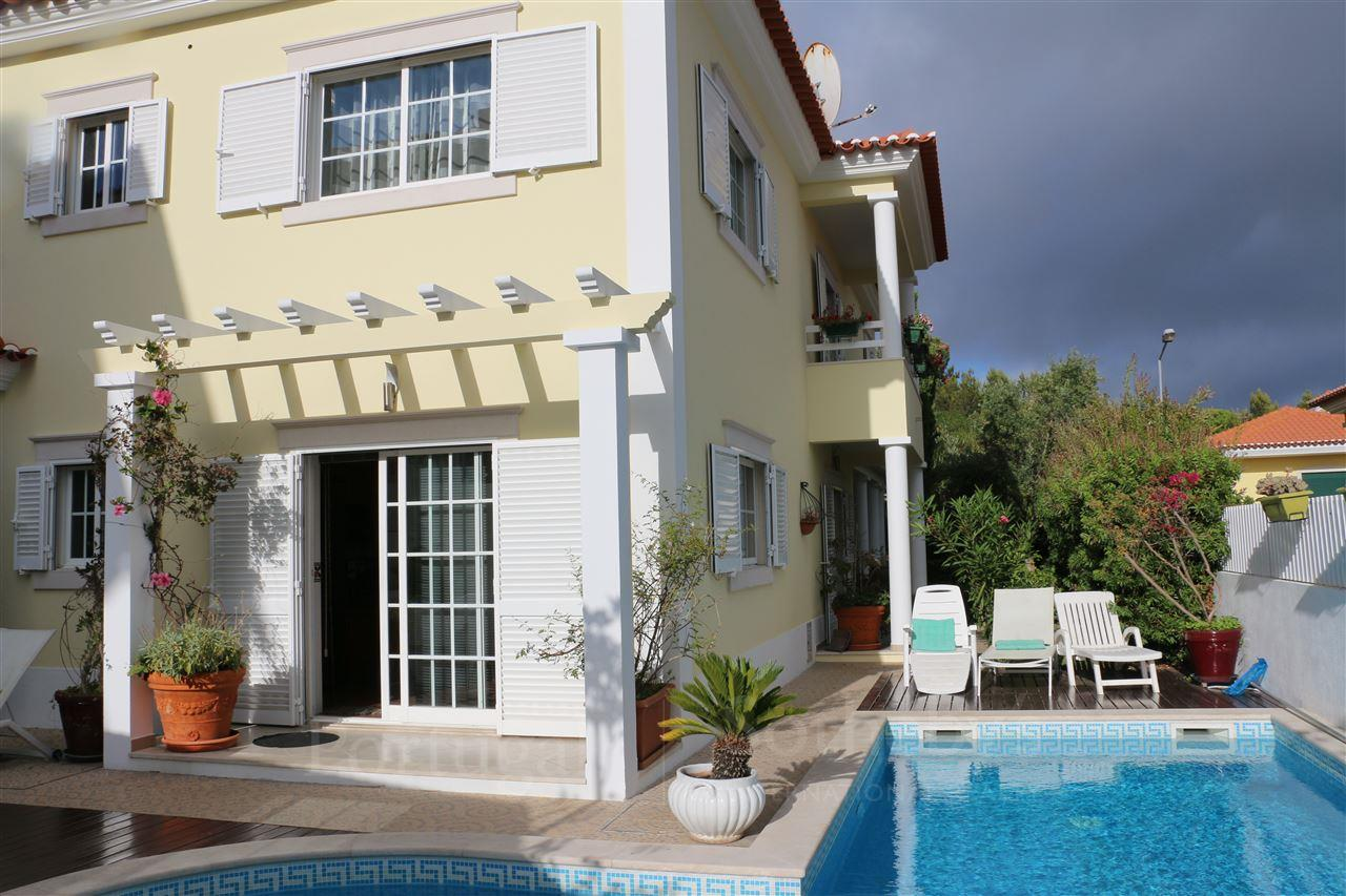 Single Family Home for Sale at House, 5 bedrooms, for Sale Cascais, Lisboa, 2750-804 Portugal