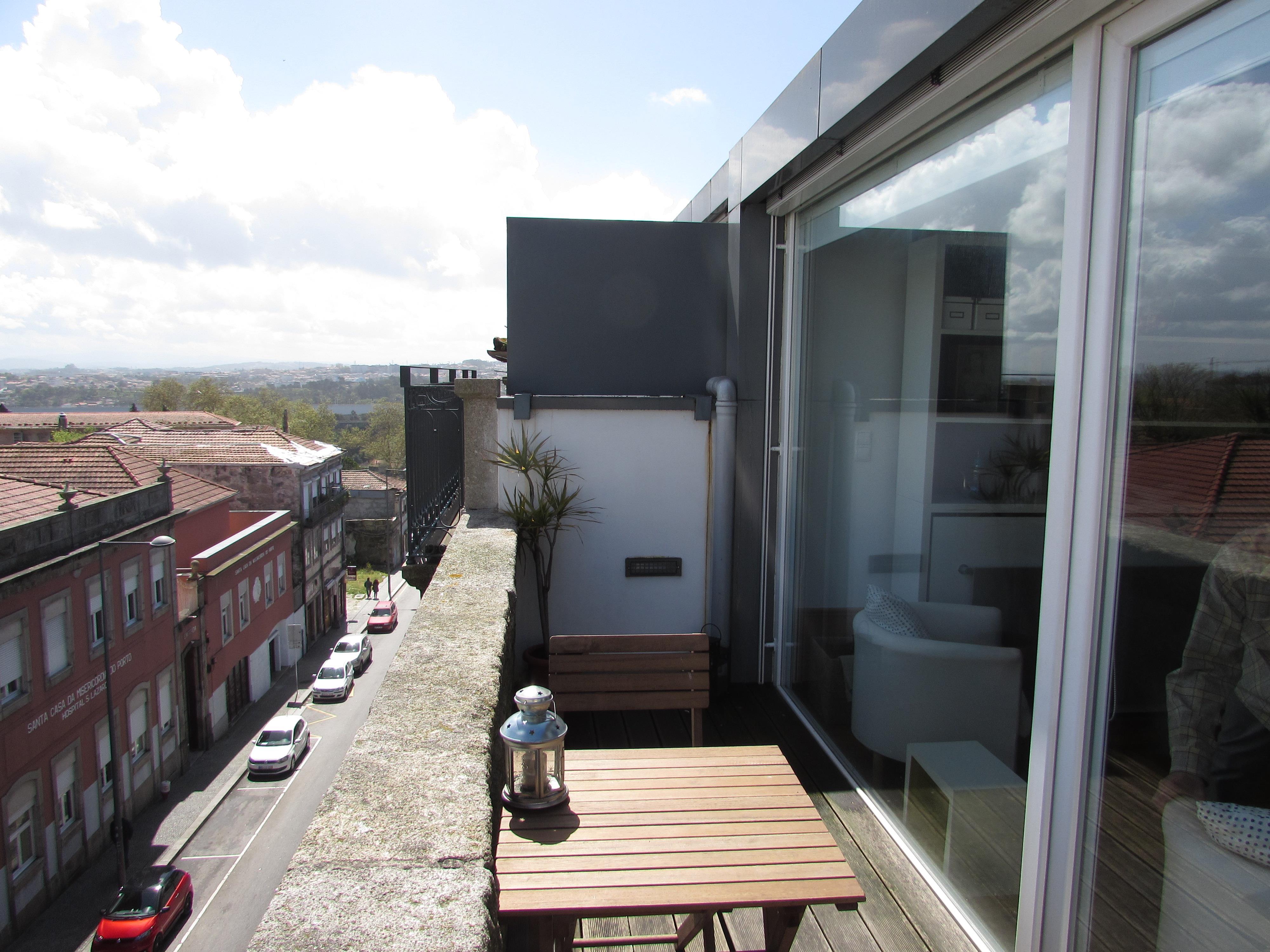 Moradia Multi-familiar para Venda às Building for Sale Porto, Porto, 4000-239 Portugal