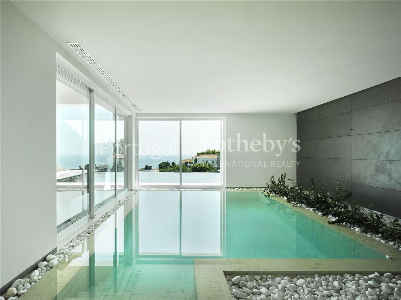 Casa Unifamiliar por un Venta en Detached house, 4 bedrooms, for Sale Oeiras, Lisboa, Portugal