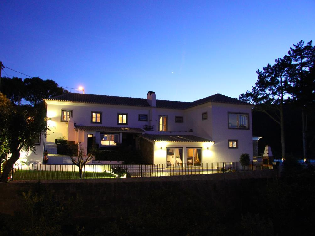 Casa Unifamiliar por un Venta en House, 6 bedrooms, for Sale Sintra, Lisboa Portugal