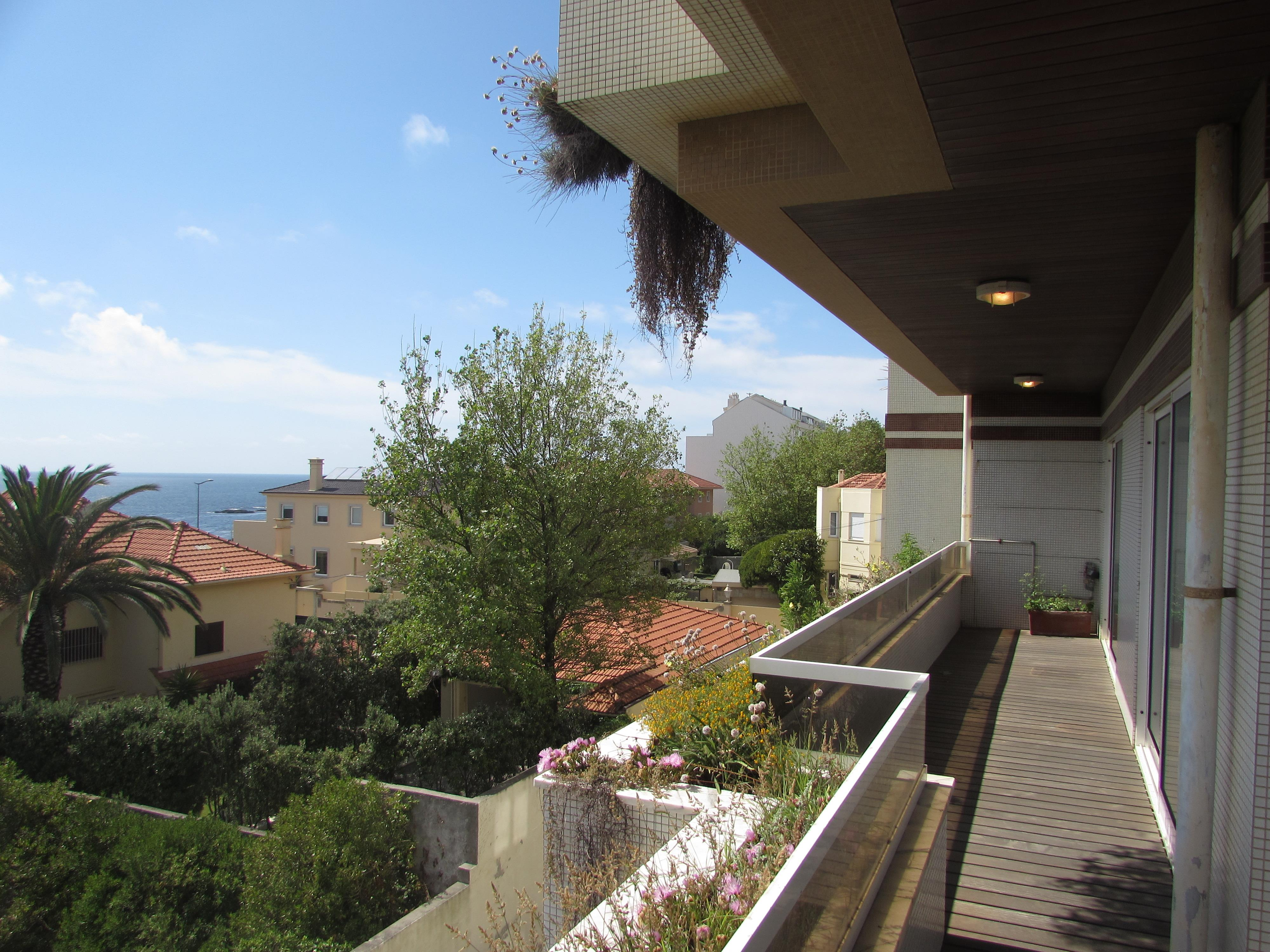 Apartment for Sale at Flat, 6 bedrooms, for Sale Porto, Porto, 4150-376 Portugal