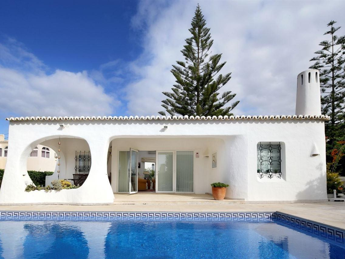 Single Family Home for Sale at Detached house, 3 bedrooms, for Sale Other Portugal, Other Areas In Portugal Portugal