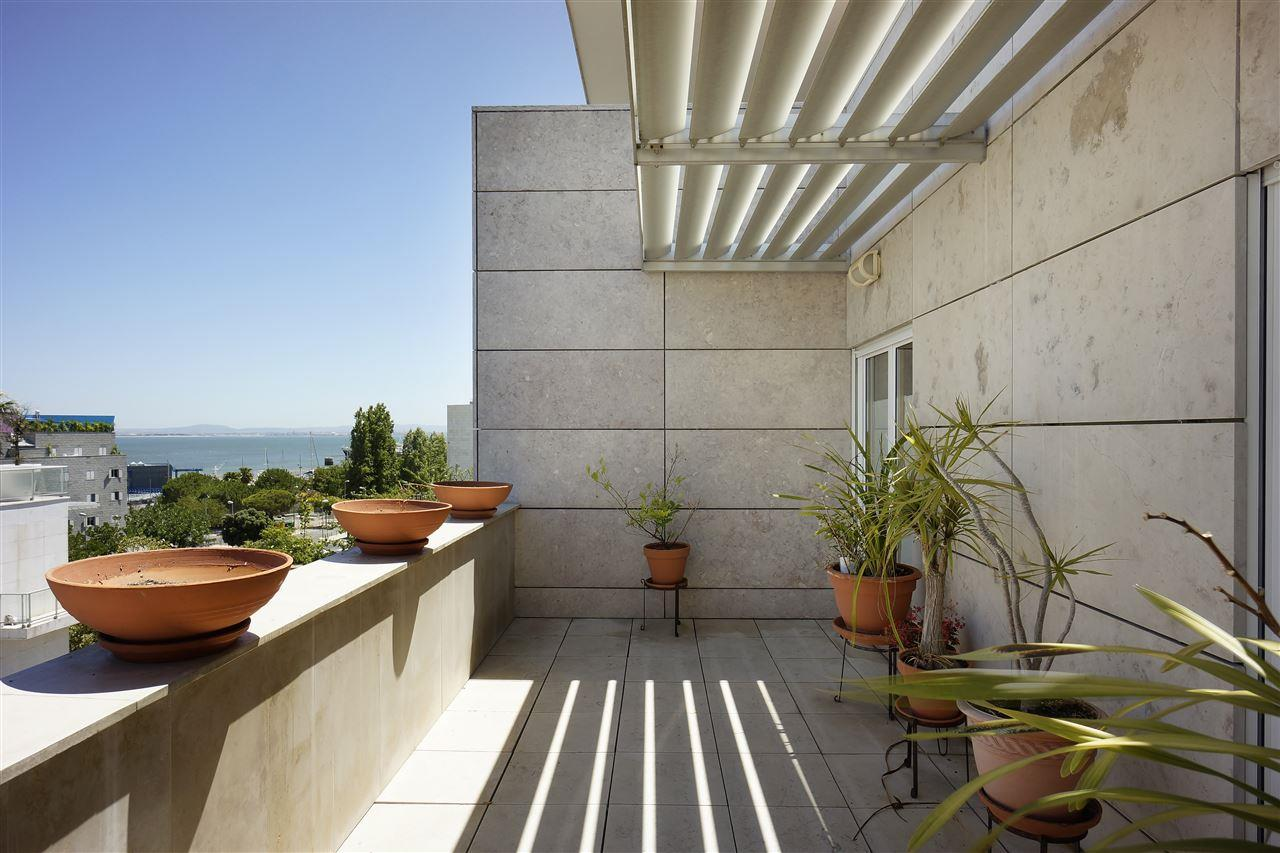 Loft/Duplex pour l Vente à Duplex, 5 bedrooms, for Sale Lisboa, Lisbonne, 1990-175 Portugal