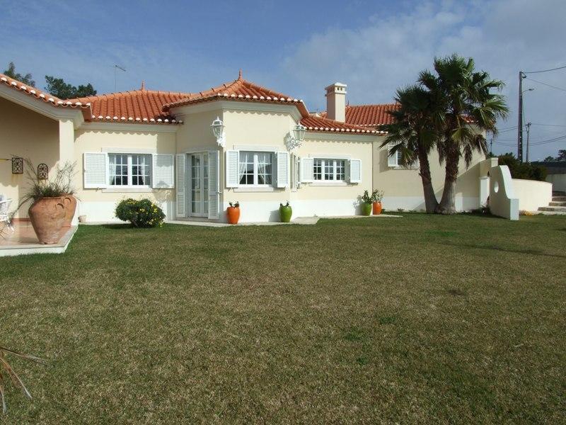 Villa per Vendita alle ore House, 4 bedrooms, for Sale Mafra, Lisbona, Portogallo