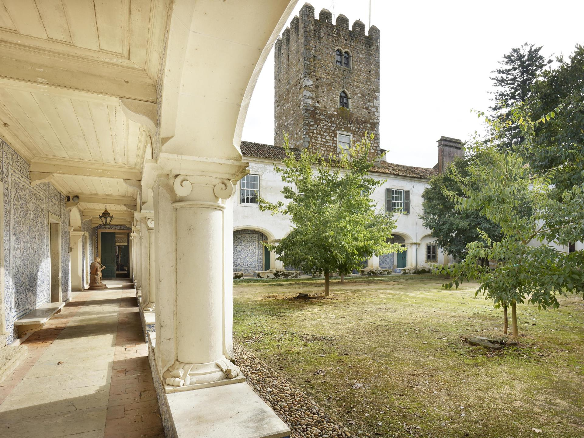 Granjas / Hacienda / Platanción por un Venta en Farm, 30 bedrooms, for Sale Other Portugal, Otras Zonas De Portugal Portugal