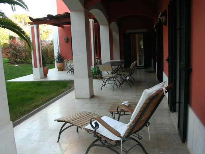 Property For Sale at House, 4 bedrooms, for Sale